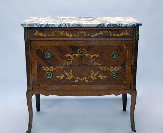 Lot 215: Turn cent L.XVI / L.XV Transition two drawer, marble top fine marquetry commode with gilt bronze orn. H