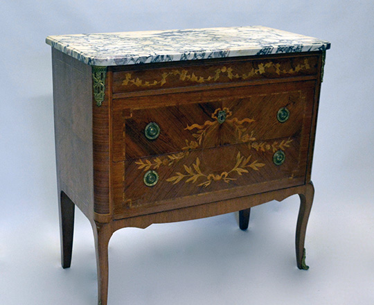 Lot 215_1: Turn cent L.XVI / L.XV Transition two drawer, marble top fine marquetry commode with gilt bronze orn. H