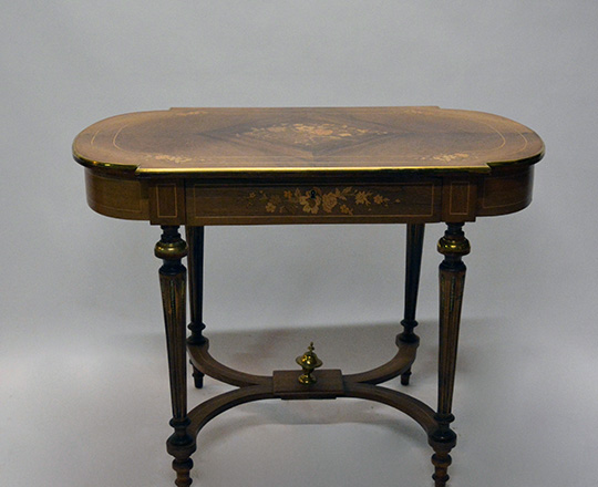 Lot 394: Elegant 19th cent one drawer Nap.lll rosewood center table with fine floral marquetry. H73xW100xD60cm.