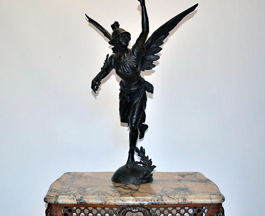Lot 448: Large imposing bronze statue of winged woman representing 'Victory'. H72cm.