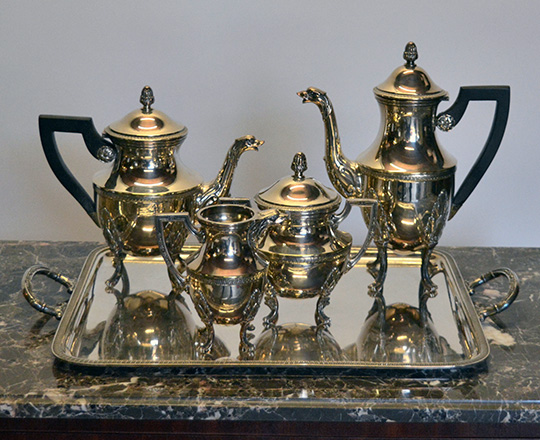 Lot 502: Louis XVI style silver plated tea / coffee set with silver plated platter, H52 x 33cm.