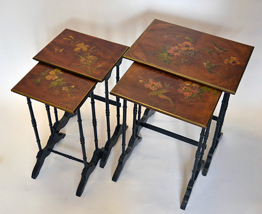 Lot 503_1: 19th cent Naplll nest of (4) tables with painted floral decor. H74xW60xD42cm.