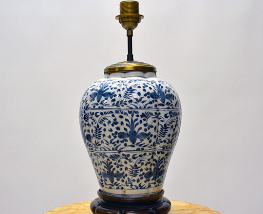 Lot 542_1: Chinese? Blue & white porcelaine vase / lamp, H32cm (with base) and a pair of signed Delft vases, H32cm.