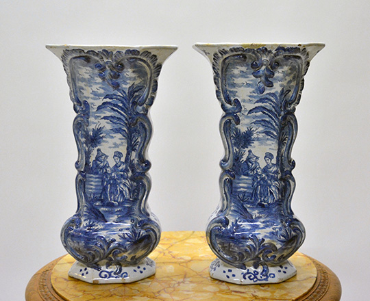 Lot 542_2: Chinese? Blue & white porcelaine vase / lamp, H32cm (with base) and a pair of signed Delft vases, H32cm.